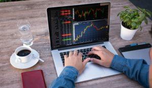 Outsourcing – převzetí operativního nebo strategického nákupu